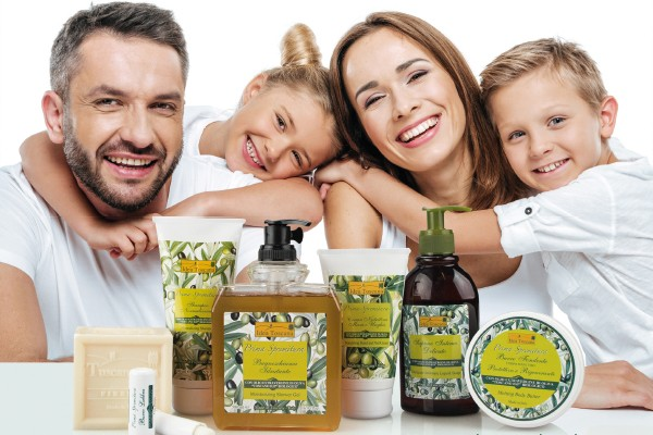 media/image/Body-care-line-PS-family.jpg